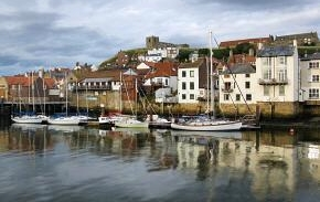 Link to Whitby site - photo of the harbour